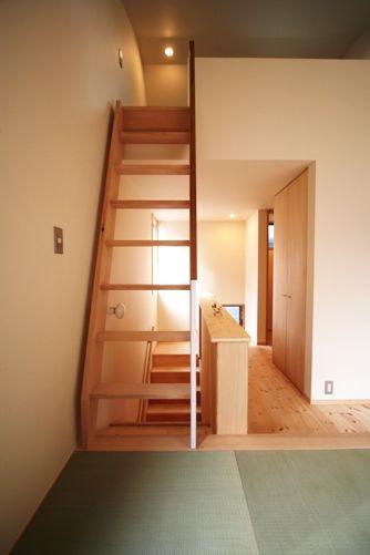八広の家階段