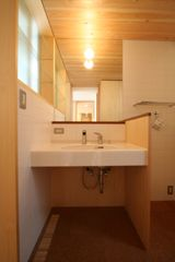 東中野 町角の家 洗面台