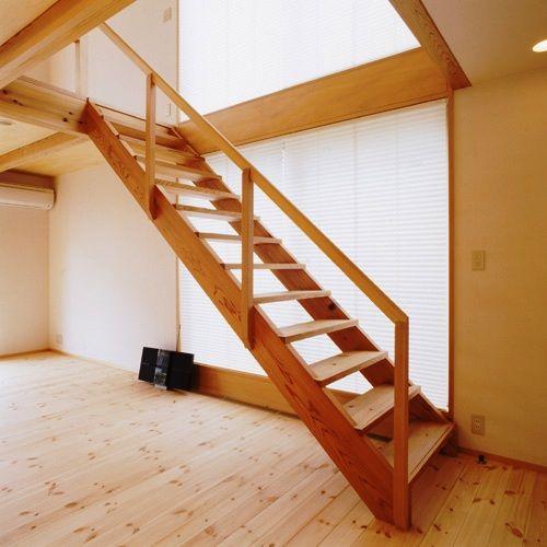 市川真間の家階段