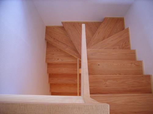 南小岩の家階段