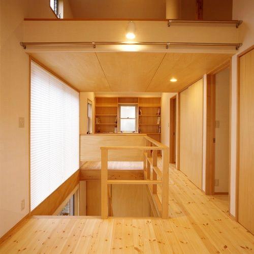 市川真間の家2階
