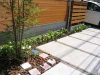 東船橋の家植栽
