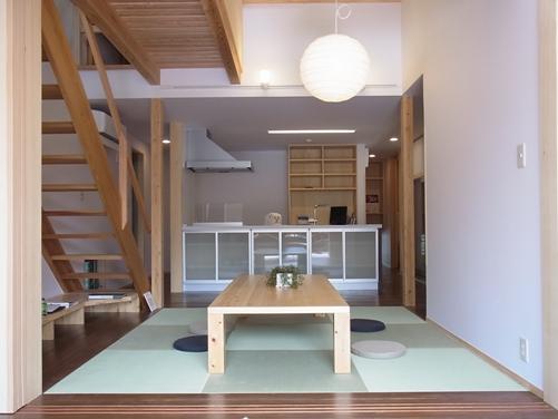 1階 キッチン方向