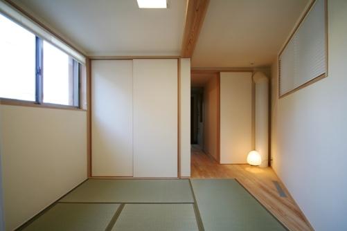 14.台形の家和室