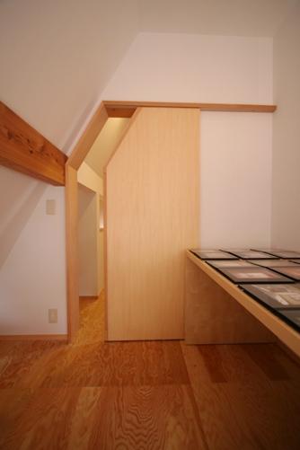 けやきの見える家-16.3階子供室