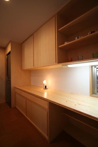 造付けの食器棚