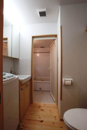 洗面、トイレ、浴室を新設