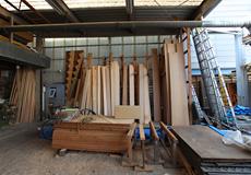 造作用の木材