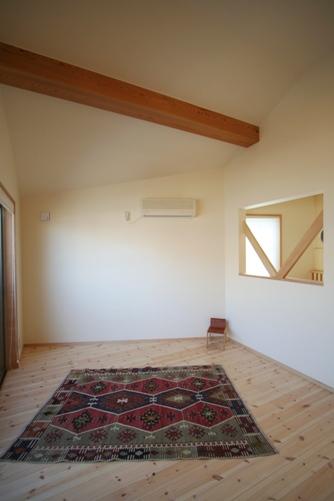 24.台形の家子供部屋
