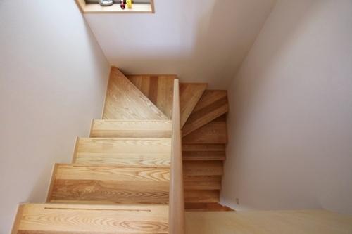 階段(唐松材)