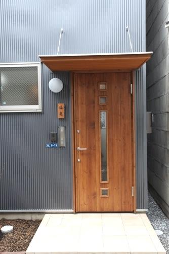 根岸の家外観-玄関