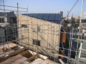 6.台形の家建設中の様子