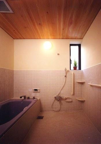西小岩の家風呂場