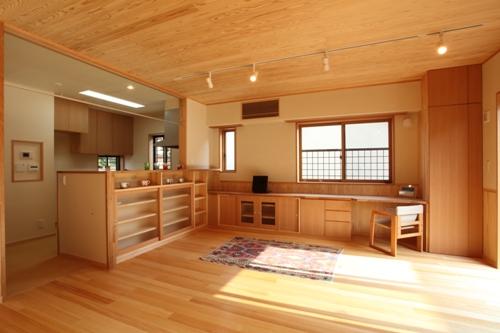 キッチン・ダイニングスペース
