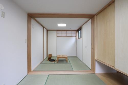 仕事部屋と寝室