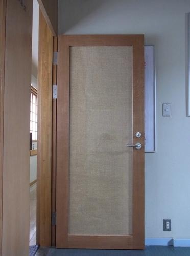 事務所入口 ドア