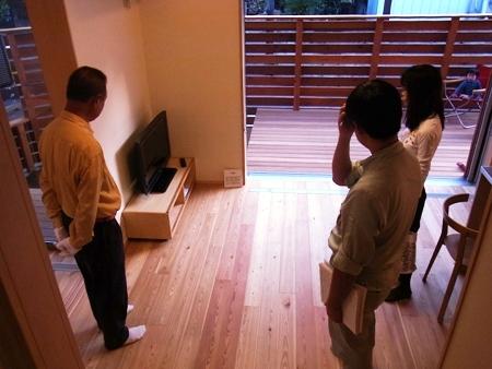 「船橋の家」完成見学会の様子、置き家具